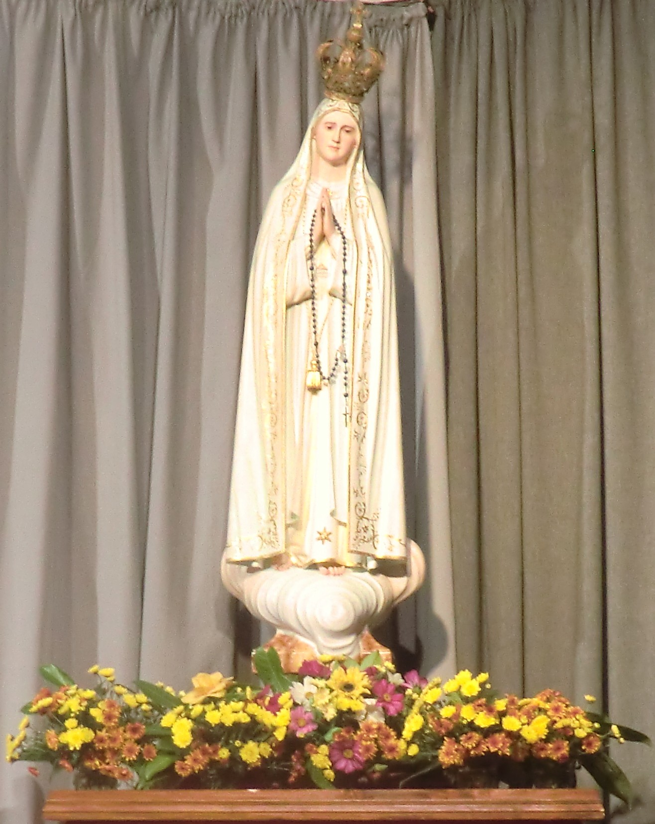 Notre Dame de Fatima Coeur Immaculé de Marie, ayez pitié de nous.